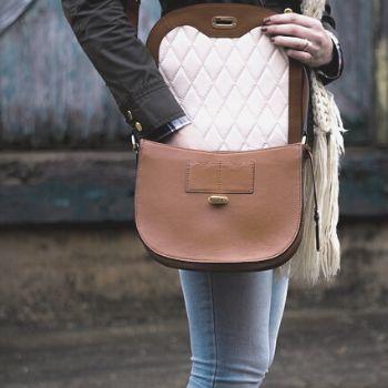 bolso bandolera de mujer con solapa